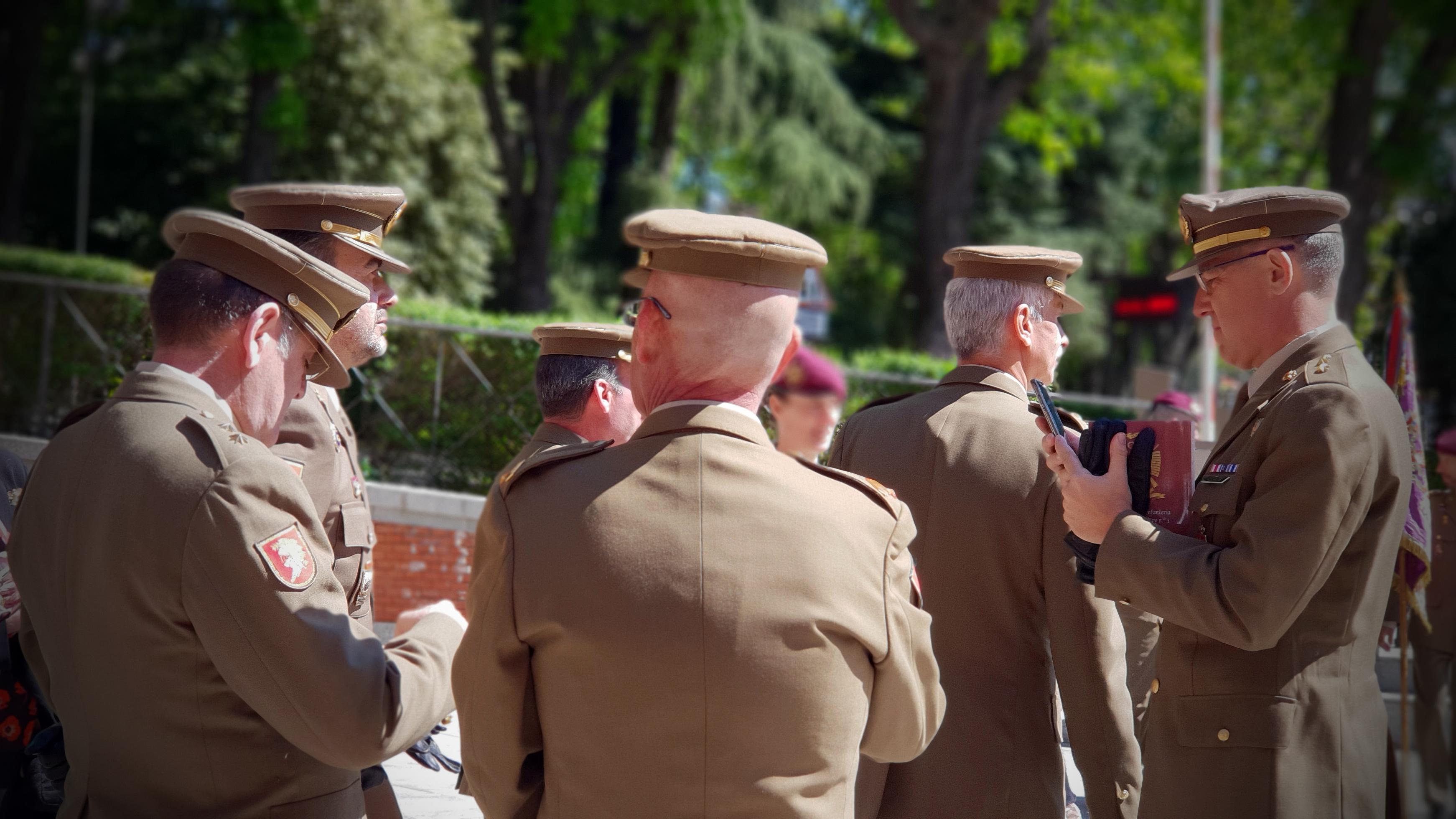 Oficiales Cuartel General del Ejército